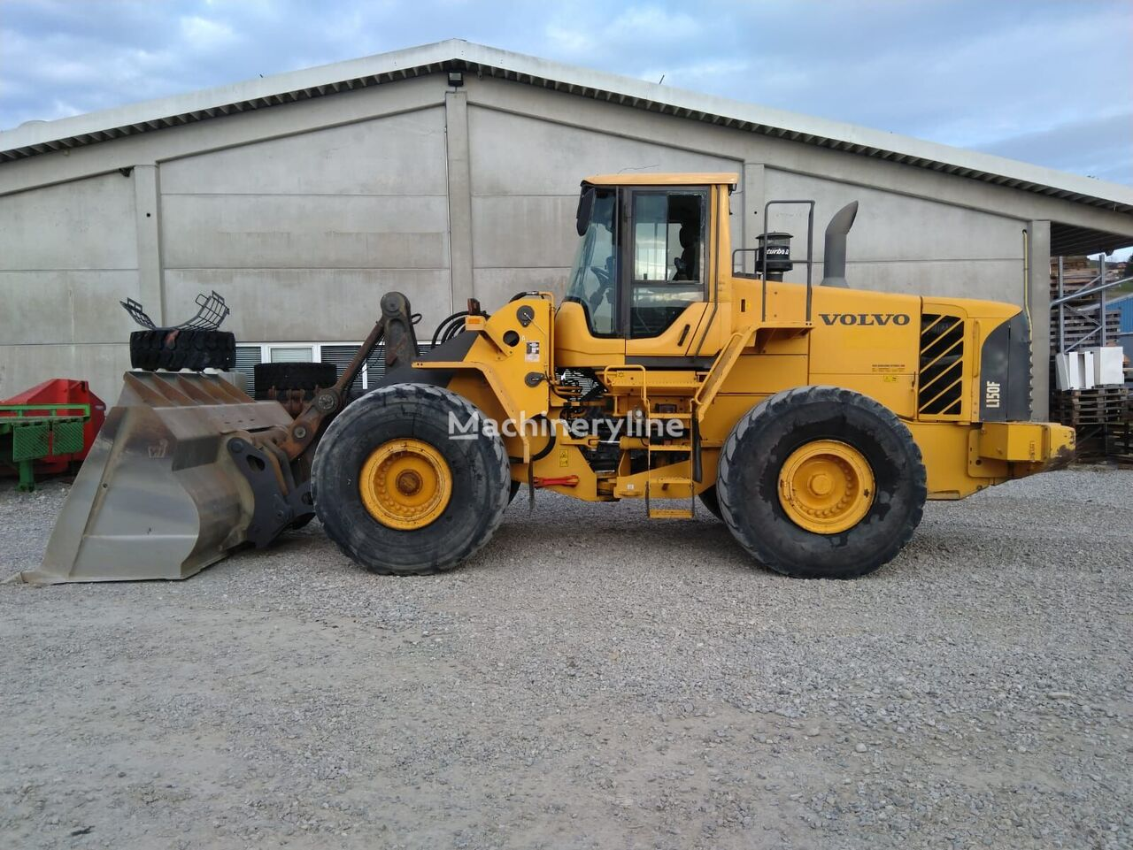 wheel loader VOLVO L150F