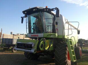 mesin pemanen gandum CLAAS Lexion 580
