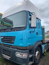 truk box ERF ECX 2005 BREAKING FOR SPARES untuk suku cadang