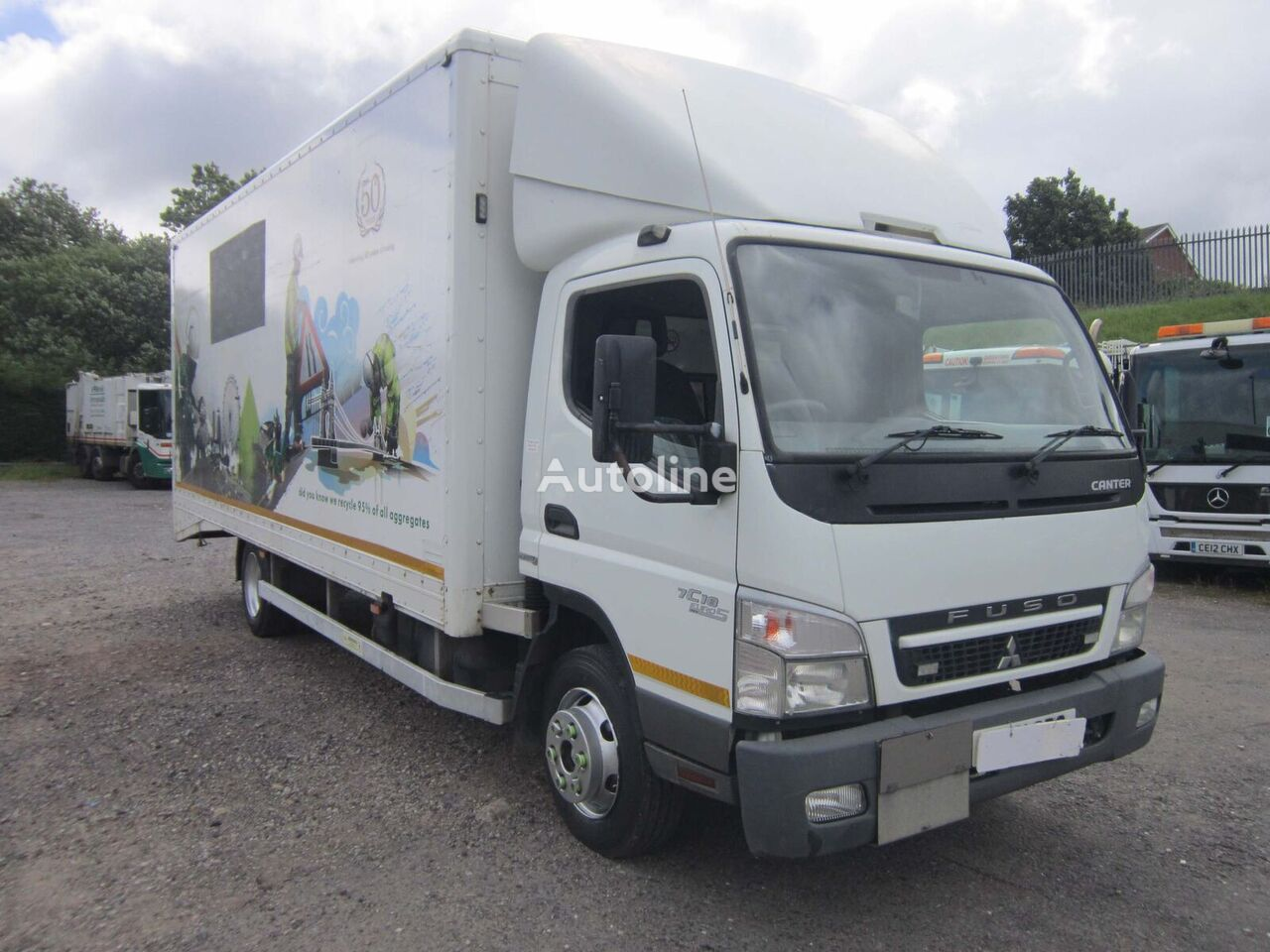 truk box Mitsubishi Fuso CANTER 7C18 4X2 7.5TON BOX VAN C/W ROLLER SHUTTER DOORS