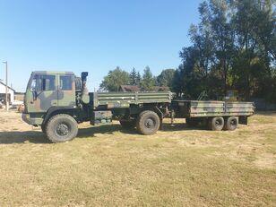 truk flatbed Stewart & Stevenson baru