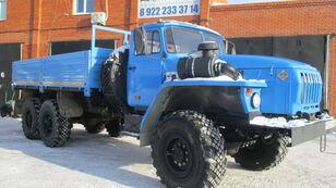 truk flatbed URAL 4320 baru