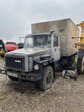 truk isotermal GAZ 4301