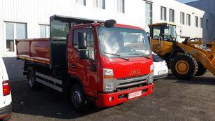 truk pembuangan JAC N82 baru