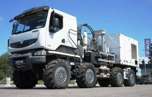 truk sasis THOMAS CONSTRUCTEURS [Other] 8x8 THOMAS Low speed truck with hydraulic drive!