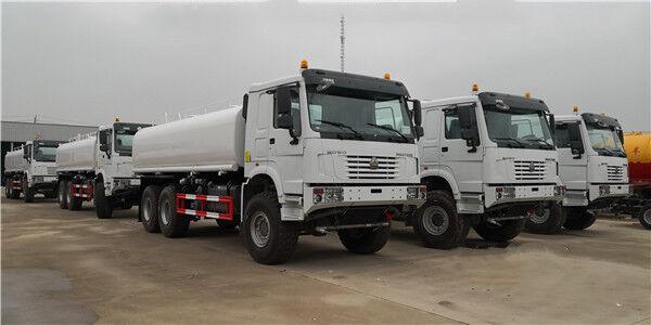 truk tanker SINOTRUK baru